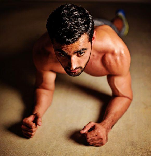 Plankan for dina magmuskler